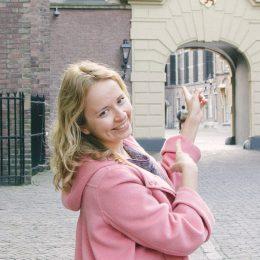 Юля и Катя с группой в Гааге (9)